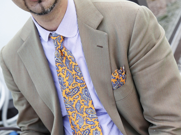 paisley-patterned-tie