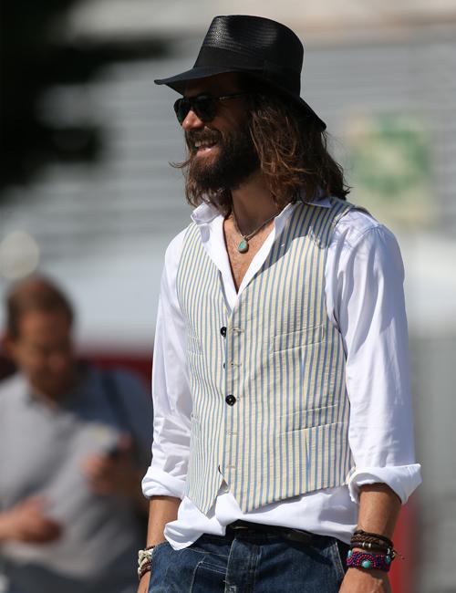 white-shirt-waistcoat