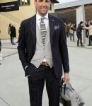 camicia-cravatta-cadigan