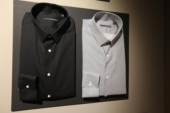 xacus-black-white