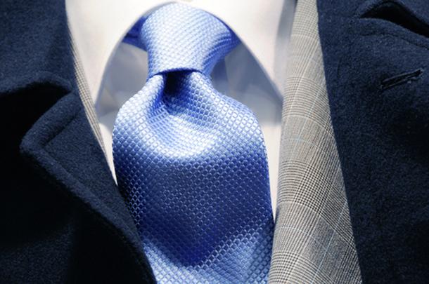 annodare-la-cravatta