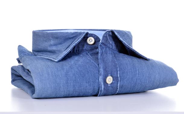 how-to-match-mens-denim-shirt